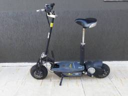 Scooter Two Dogs - 800W - Seminovo - Impecável