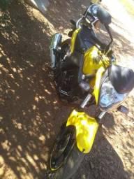 Cb 300 vendo ou troco por moto de meu interesse - 2012