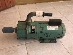 Bomba WEG 1,5 HP