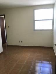 Título do anúncio: Apartamento com 2 quartos na Rua Principal APA0014