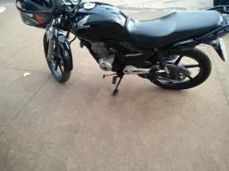 Vende-se Titan 150 2010 moto zera só pegar e andar - 2010