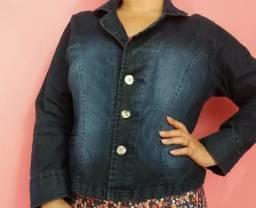 Vendo essa jaqueta jeans feminina em Lycra Tam G