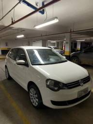 Polo hatch 2012 1.6 manual - 2012