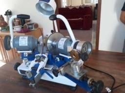 Máquina de afiar alicates