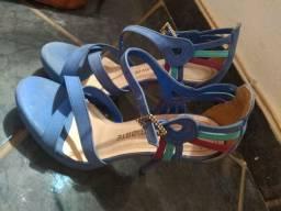 Vende-se sapatos seminovos em ótimo estado
