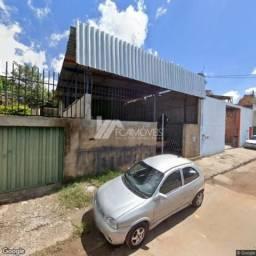 Casa à venda com 3 dormitórios em Retiro das esmeralda, Esmeraldas cod:196c3fad680