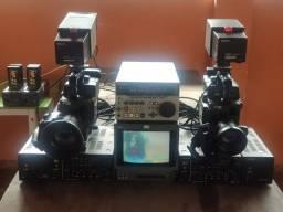 Vendo ou troco Kit De Câmera Profissionais Xdcam Sony Dxc-325 Completo