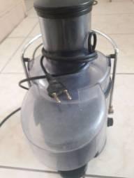 Juicer JCR400 PLUS - Centrifuga de Frutas Cadence (220V)