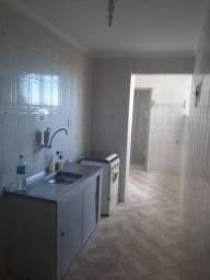 Apartamento com elevador bosque oitavo andar via b 1200,00