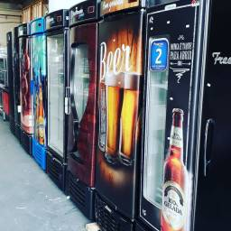 Cervejeiras expositores geladeira á pronta entrega Alessandro *