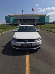 VW Jetta 2.0 Comfortline Flex Tip 4P