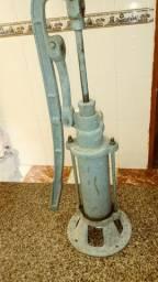 Bomba d'água manual