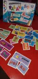 Jogo formando palavras
