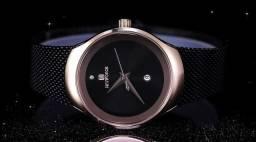 Relógio feminino Naviforce (NF5004) Preto / Dourado