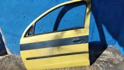 Porta dianteira lado direito corsa 2003