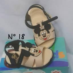 Sanadalia de bebê Mickey
