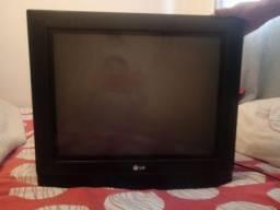Vendo Tv e Conversor completo 100 reais Não entrego