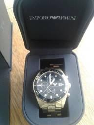 Relógio Armani novo de barbada