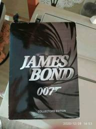 Box com 22 DVD's do James Bond - 007
