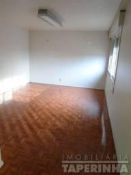 Casa para alugar com 3 dormitórios em , cod:I-032001