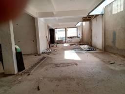 Alugo salão,350 m2 na praça do Cristo em conselheiro Lafaiete.