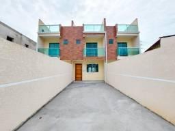 Lindo sobrado à venda com 3 quartos e terraço, no bairro Sitio Cercado, próximo a rua Isaa