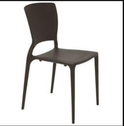 Cadeira Sofia Encosto Fechado
