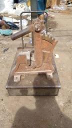 Máquina de corta ferro