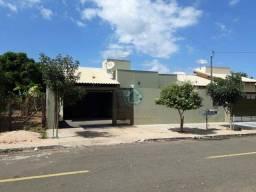 Casa com 3 dormitórios à venda, 134 m² por R$ 370.000,00 - Alto - Aquidauana/MS
