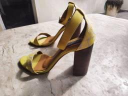 Sapatos femininos Lélis Blanc Tam 37