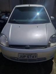Vendo um Ford fiesta 2006. 13.500