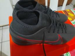 Chuteira society mercurial Nike