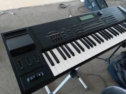 Teclado Roland XP 60