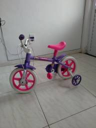 Bicicleta infantil feminina 120 reais