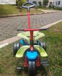 Triciclo infantil (duas formas de uso)
