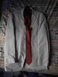 Blazer creme + 3 gravatas