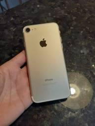 iPhone 7 32g dourado