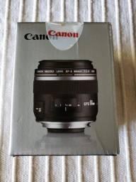 Lente Canon Macro EF-S 60mm f/2.8 Macro USM - Produto Usado.