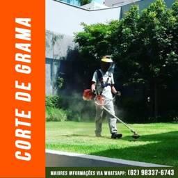 Serviços de Jardinagem e Corte de Gramados