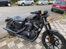 Vende-se moto ( negociação rápida)