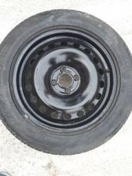 Roda com pneu 16 (estepe) semi novo torro só 200,00