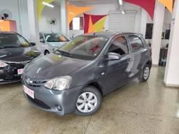Toyota - Etios X 1.3 Hatch Completo Impecavel