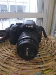 Câmera Canon T3i pouca usada