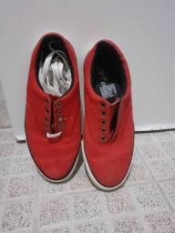 Vendo sapatenis vermelho