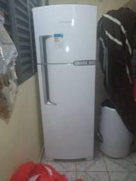 Geladeira Brastemp 352 litros
