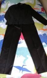 Conjunto calça e blazer feminino