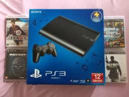 PlayStation 3 // 320GB + 4 jogos +2 controles
