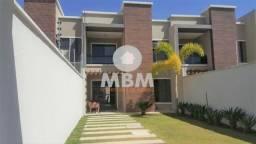 Título do anúncio: Vendo casa em rua privativa no Eusébio com 146 m² e 4 suítes, excelente localização