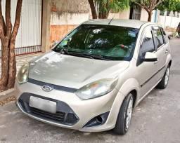 Fiesta 1.0 completo em dias (preço negociável) - 2011