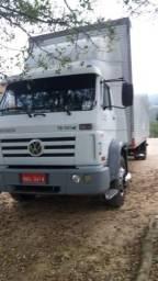 Caminhão toco - 2006